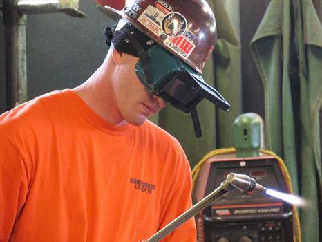 jordan-howard-ironworker
